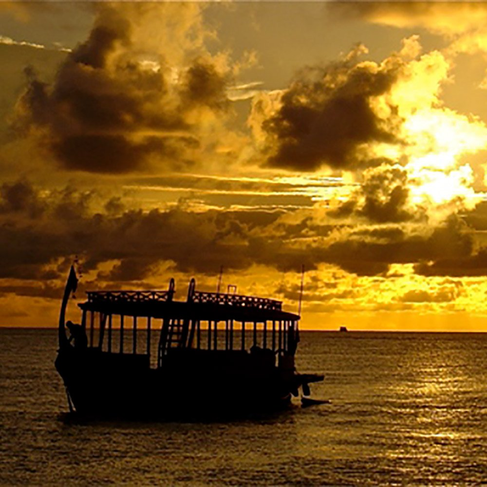 Innahura Maldives Sunset dhoni